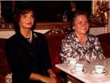Самая нестандартная первая леди СССР: Почему появление жены Хрущева в Европе вызвало ажиотаж